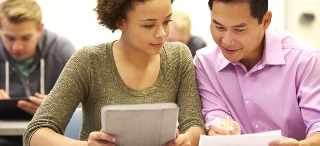 http://www.scholarshipsforscholars.org/wp-content/uploads/2015/08/S4S_0004_Student_Teacher.jpg